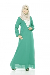 Ashita Embroided Jubah Dress Green